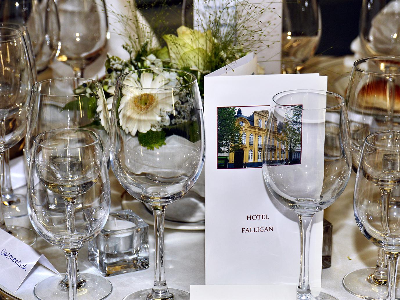 Tafel in Hotel Falligan 13